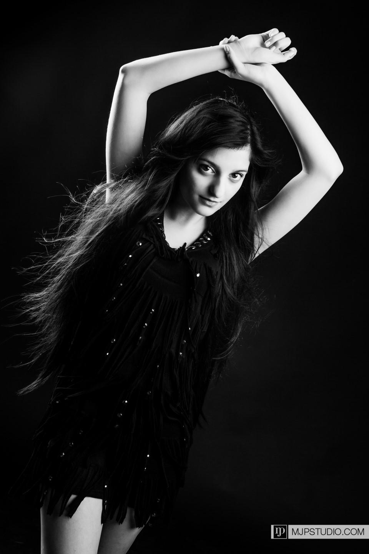 2016-02-22-Portraits-Cyntia-12 (Custom)