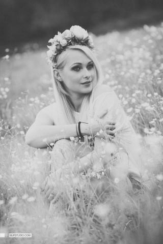 Alexandra (5) (Small) (Medium)