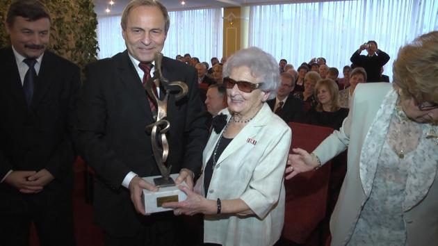 2012-ben, a Pro Probitate díj átvételekor