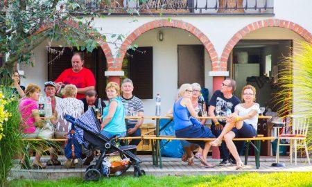 Szia Komárom - Finom borok, ínyencségek, és hatalmas buli a Madari Bor- és Gasztrokorzón