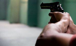 Szia Komárom - Vádat emeltek a Komáromban fegyvereket vásároló szélsőségesek ellen