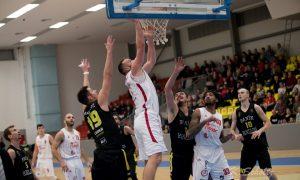 Szia Komárom - Dupla győzelem kosárlabdában, a röplabdacsapat a második a tabellán: Az elmúlt hét komáromi sport összefoglalója