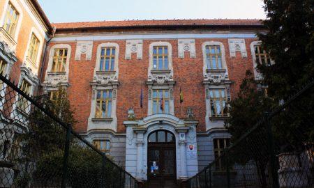 Szia Komárom - Esszéírói és előadói tehetségükkel bizonyítottak a Selye János Gimnázium diákjai