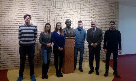 Szia Komárom - A Selye János Egyetem diákjai a Greensboro Egyetem programjában