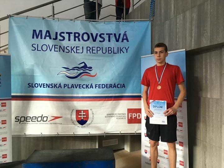 Szia Komárom - Két bajnoki bronzérem úszásban