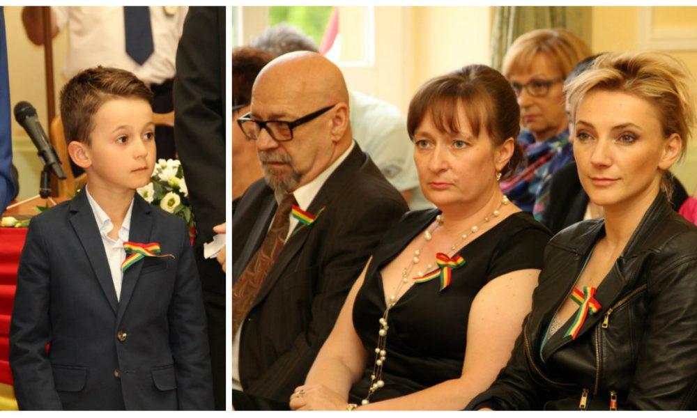 Szia Komárom - A GIMISZ és Bende István kapta a Pro Urbe-díjat, de Borbély Alexandrát és a Hodek testvéreket is kitüntették