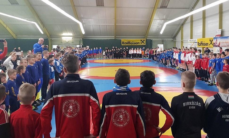 Szia Komárom - Újabb sikereket értek el a Spartacus birkózói, ezúttal Csehországban