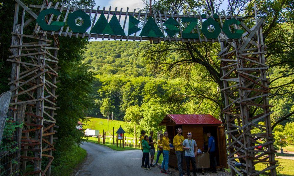 Szia Komárom - Megnyitotta kapuit a 90. Gombaszögi Nyári Tábor
