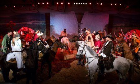 Szia Komárom - Bemutatóval készül a hosszú hétvégére a Lovas Színház
