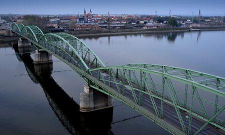 Szia Komárom - Magyar-szlovák együttműködési programokat valósítanak meg 1,7 milliárd forintból