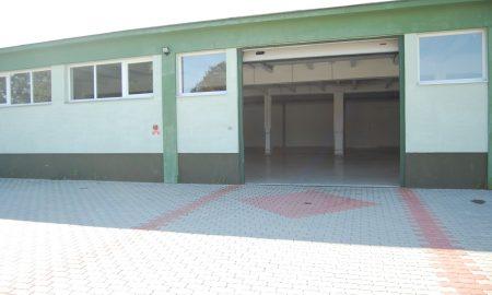 Szia Komárom - Önálló ingatlan, klimatizált iroda, raktárhelyiség kiadó Dél-Komáromban