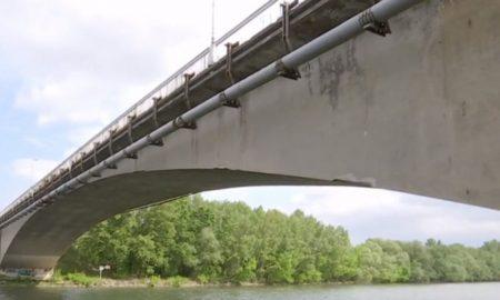 Szia Komárom - Várhatóan egy évig forgalomkorlátozás lesz érvényben a Vág-hídon