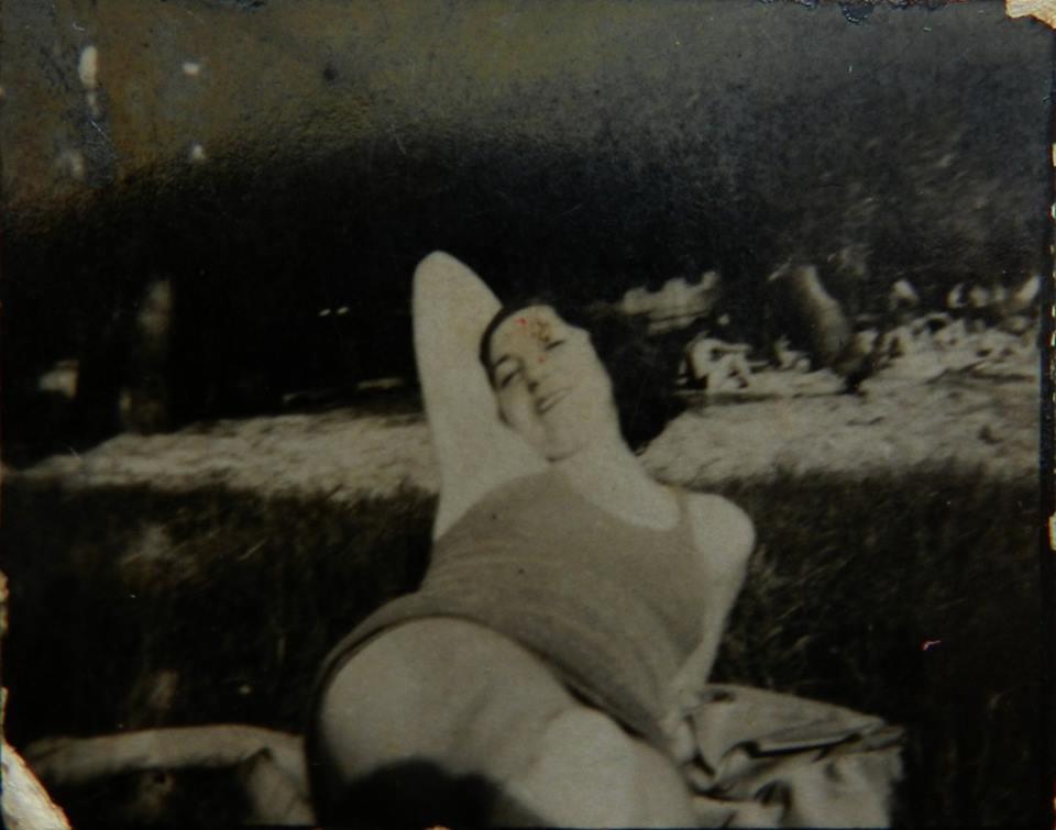 Fotó Agnes Wilheim Parnes, Komárom