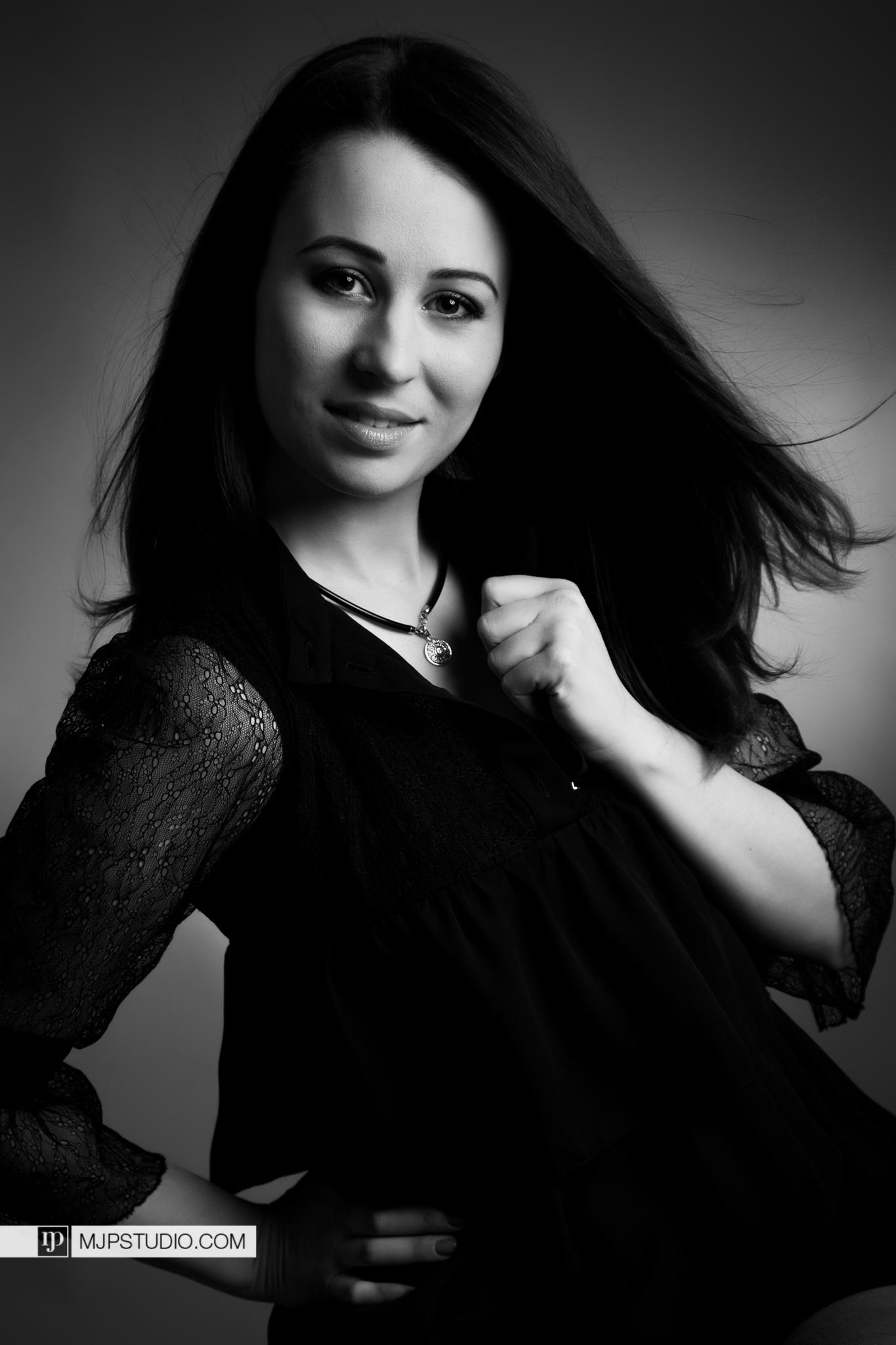 2016-03-15-Portraits-ATka Gecova-23